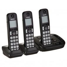 """Teléfono inalámbrico con 3 auriculares 1.8"""" KX-TGD223 Panasonic"""